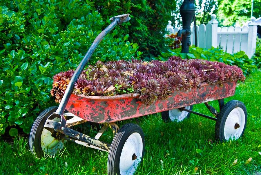 Distressed Red Garden Wagon