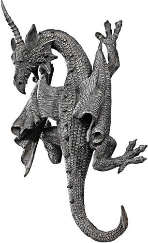 Design Toscano Horned Drago