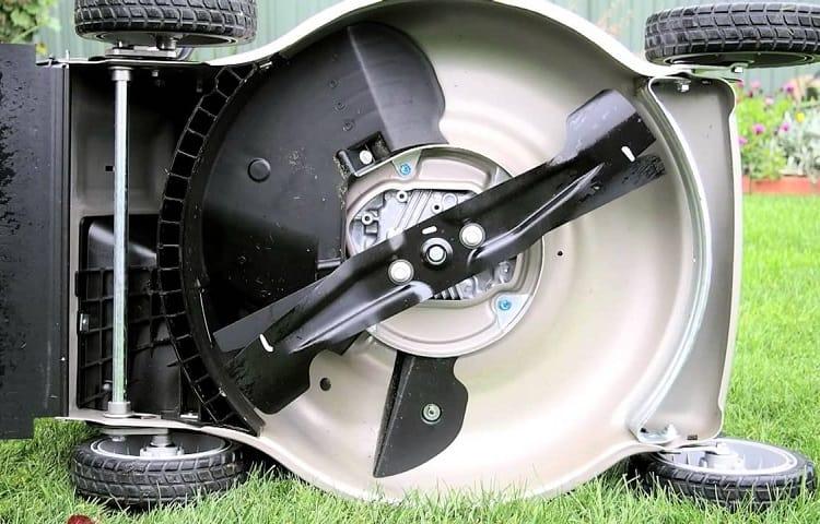 Honda HRR216K9VKA blades